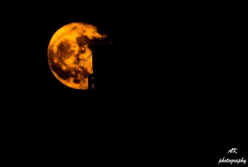 20161115-super-red-moon-2